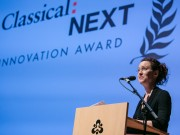 Jennifer Dautermann closes Classical:NEXT 2016 by presenting the innovation award Photo: Eric van Nieuwland