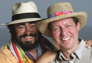 Pilavachi with Luciano Pavarotti: 'Projects like the Three Tenors have sold tens of millions of albums' (c) Daniele Venturelli