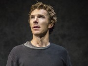 HAMLET by Shakespeare, Benedict Cumberbatch, Writer - William Shakespeare, Director - Lyndsey Turner, Set design -Es Devlin, Lighting - Jane Cox, The Barbican, 2015, Credit: Johan Persson - www.perssonphotography.com