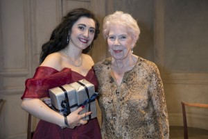 Elbenita Kajtazi (Audience Prize and Third Place winner) and Dame Janet Baker at Glyndebourne Opera Cup final_photo Richard Hubert Smith-7317